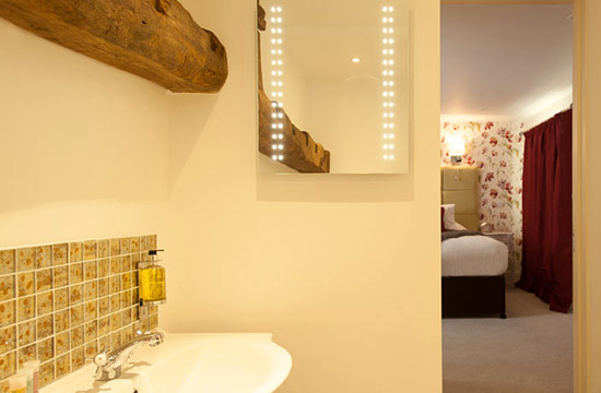 Cotswold Accommodation Bathroom in Room 1